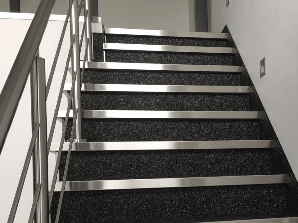 intro vloerencentrum traprenovatie trap